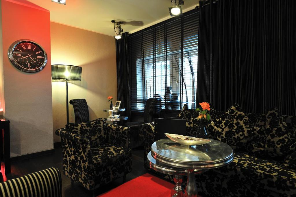 Stage 47 d sseldorf book your hotel with viamichelin for Stage 47 designhotel