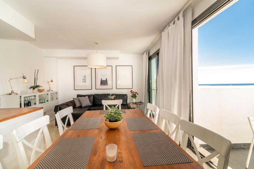 Casa de vacaciones Torreblanca 4BDR Townhouse with Stunning ...