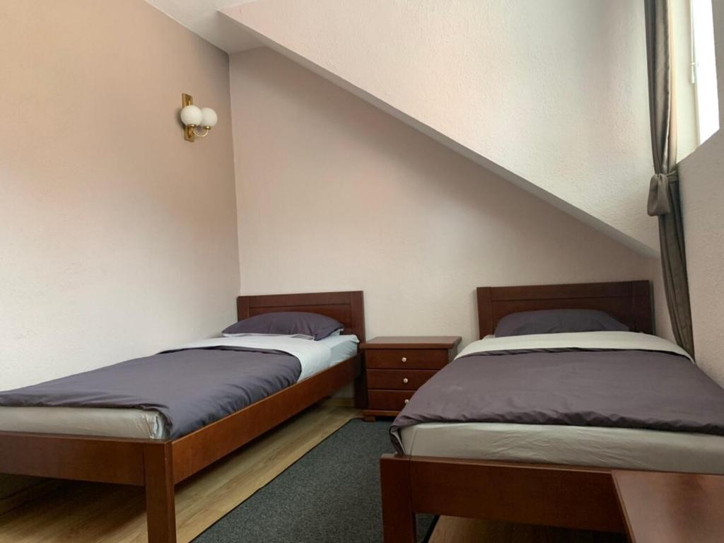 Apartmani Alo Alo Kod Mikija Plav View Deal Guest
