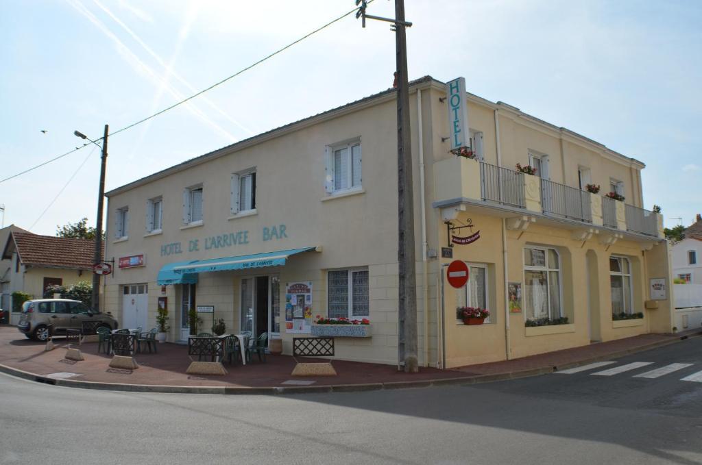 Hotel de l 39 arriv e fouras for Fouras hotel