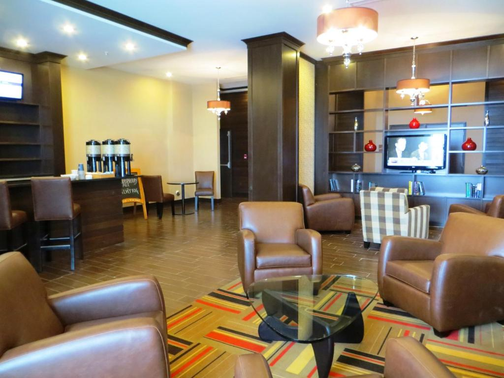 Nisku Hotels With Airport Shuttle