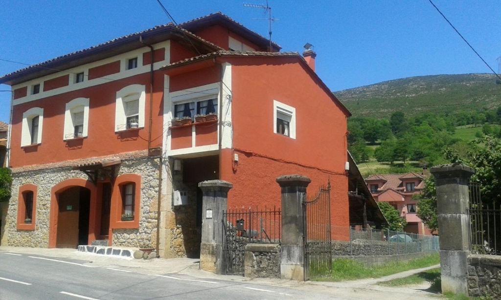 Miyares casa rural (España Miyares) - Booking.com