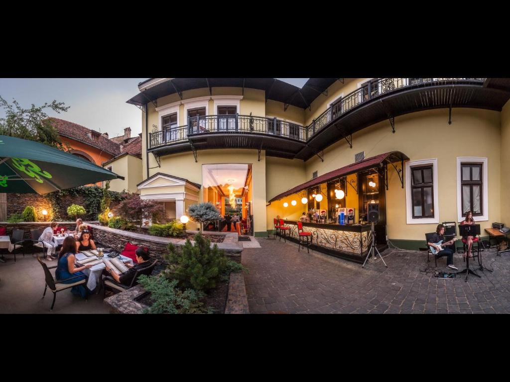 Hotel central park sighisoara r servation gratuite sur for Central reservation hotel