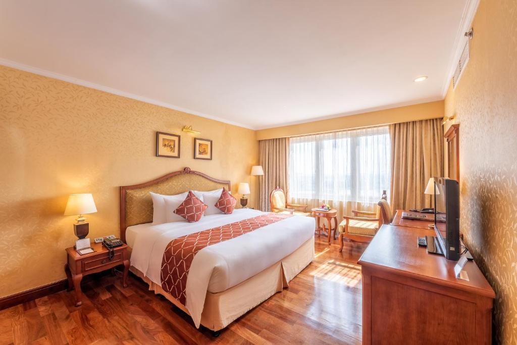 Phòng Senior Deluxe Giường Đôi