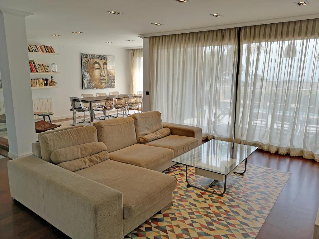 Hotel PREMIUM HABITAT LES BARQUES (España Caldes dEstrac ...