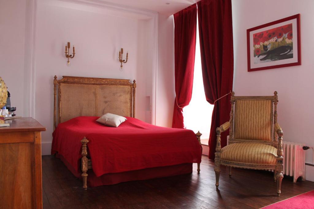 r sidence et chambres d 39 h tes de la porte d 39 arras r servation gratuite sur viamichelin. Black Bedroom Furniture Sets. Home Design Ideas
