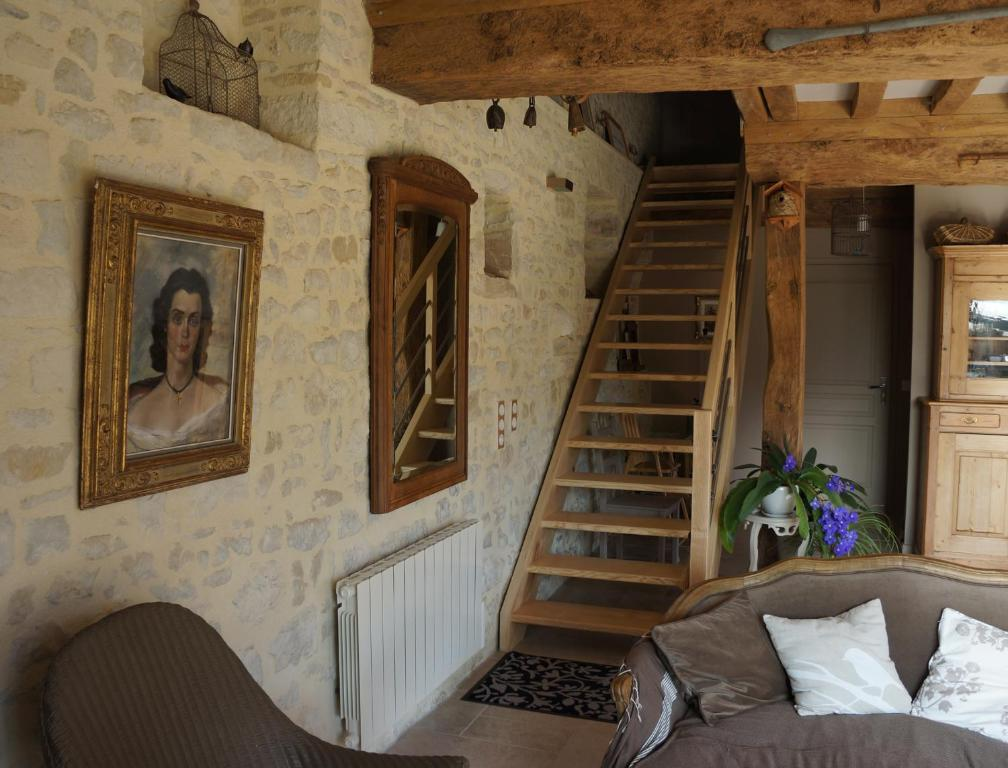 Bed breakfast b b les oiseaux de passage bed for Escalier interieur maison