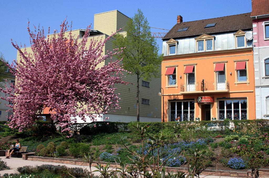 Rosengarten kehl viamichelin informatie en online for Appart hotel kehl