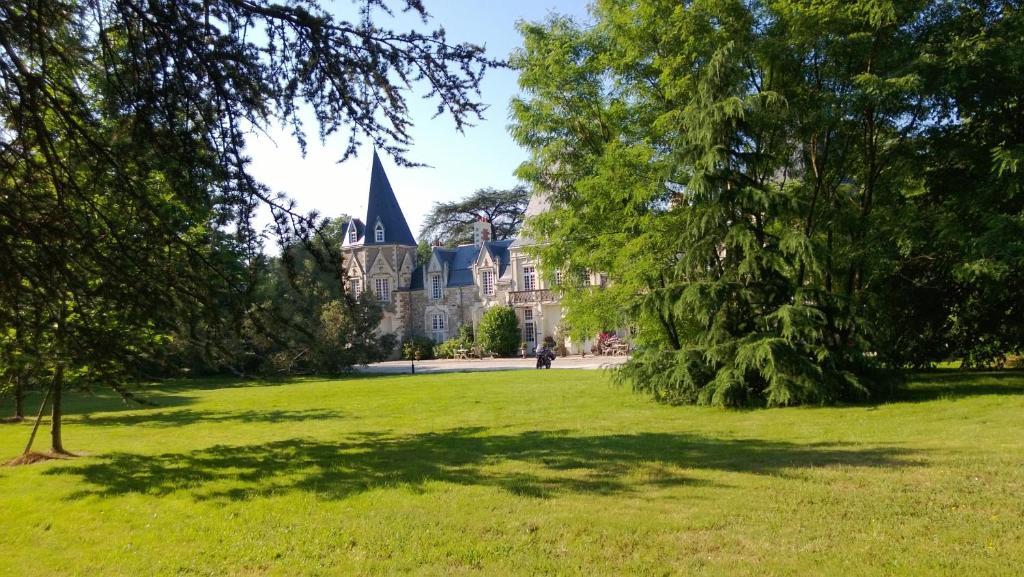 Chateau Du Bois De La Noe - Chambres d'H u00f4tes Ch u00e2teau du Bois de La Noe Bouaye prenotazione on line ViaMichelin