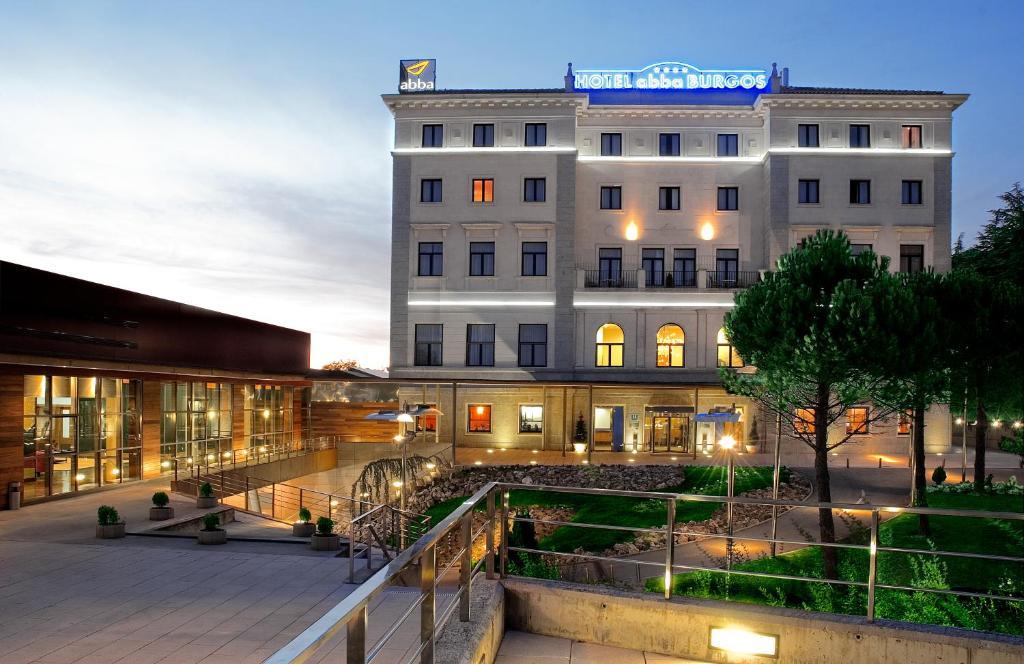 Abba burgos burgos reserva tu hotel con viamichelin for Hoteles en burgos con piscina