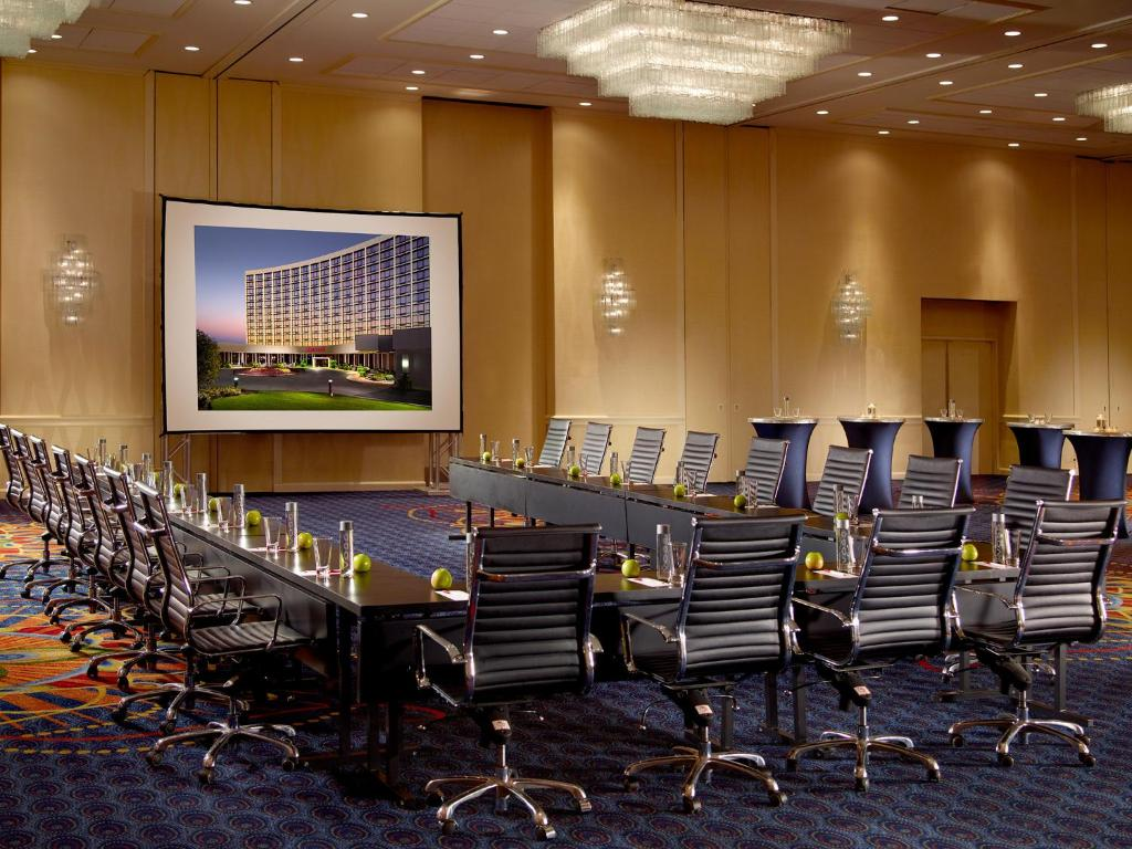 Restaurants In Oak Brook With Private Rooms