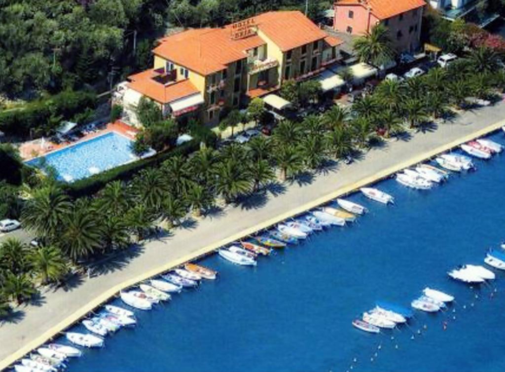 Hotel Della Baia Portovenere Prenotazione On Line