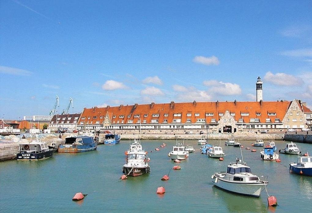 Appart Hotel Calais
