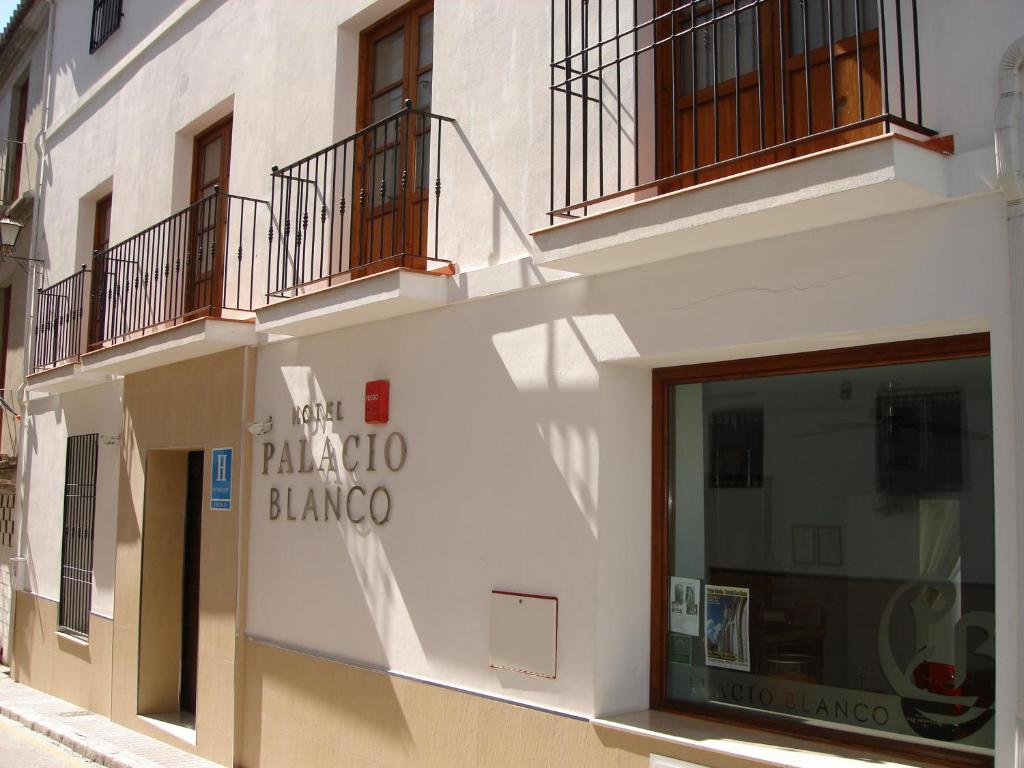 Hotel Palacio Blanco - Vélez-Málaga - prenotazione on-line ...