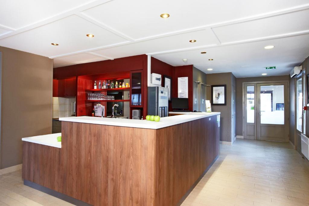 campanile lille sud douai cuincy r servation gratuite sur viamichelin. Black Bedroom Furniture Sets. Home Design Ideas