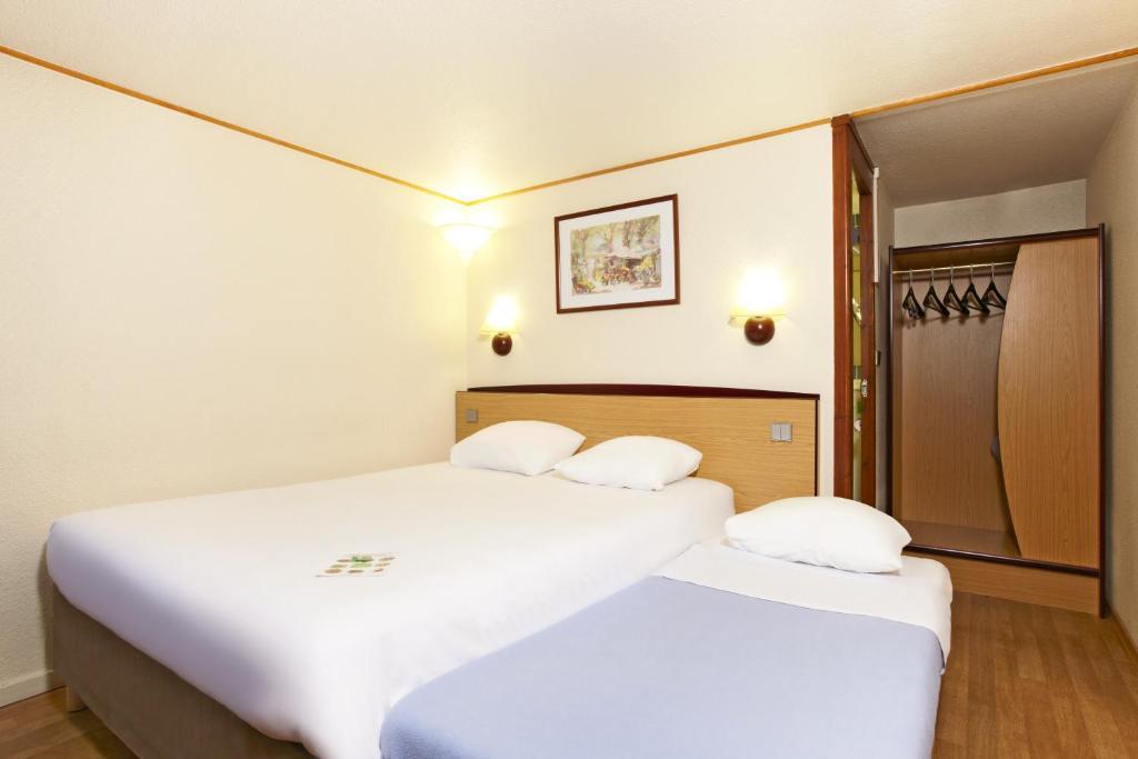 campanile lille sud douai cuincy douai online booking viamichelin. Black Bedroom Furniture Sets. Home Design Ideas