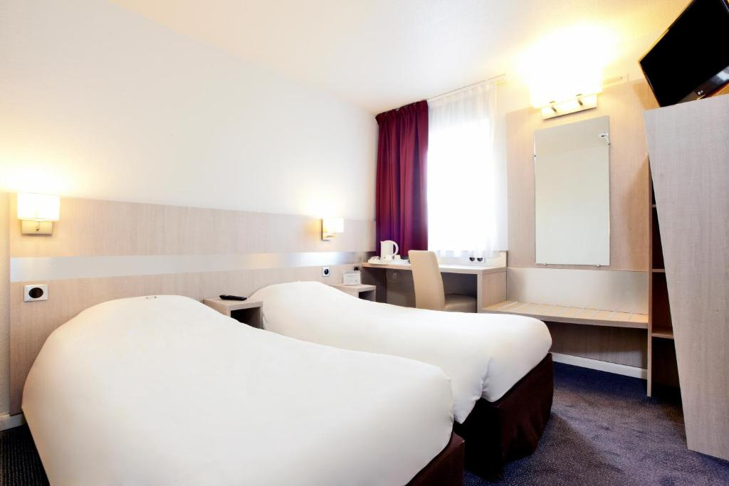 Hotel Kyriad Porte D Ivry Booking