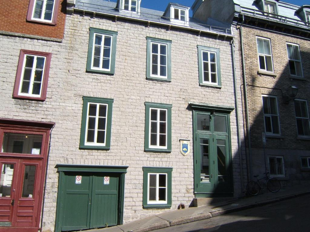 Le Coureur Des Bois Québec online booking ViaMichelin # Hotel Des Bois Seltz
