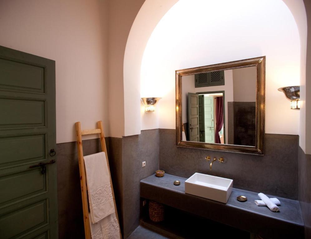 Riad lalla bahia chambres d 39 h tes marrakech - Chambre d hote ploumanach mer ...