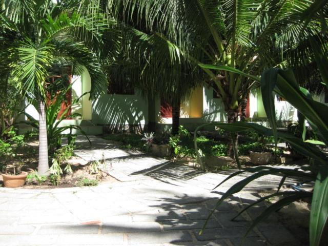 Khách sạn Cocosand