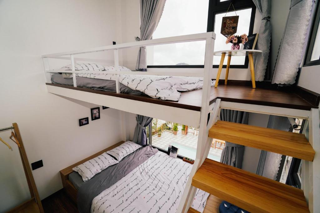 Giường tầng trong phòng chung tại Soulmate Homestay Đà Lạt