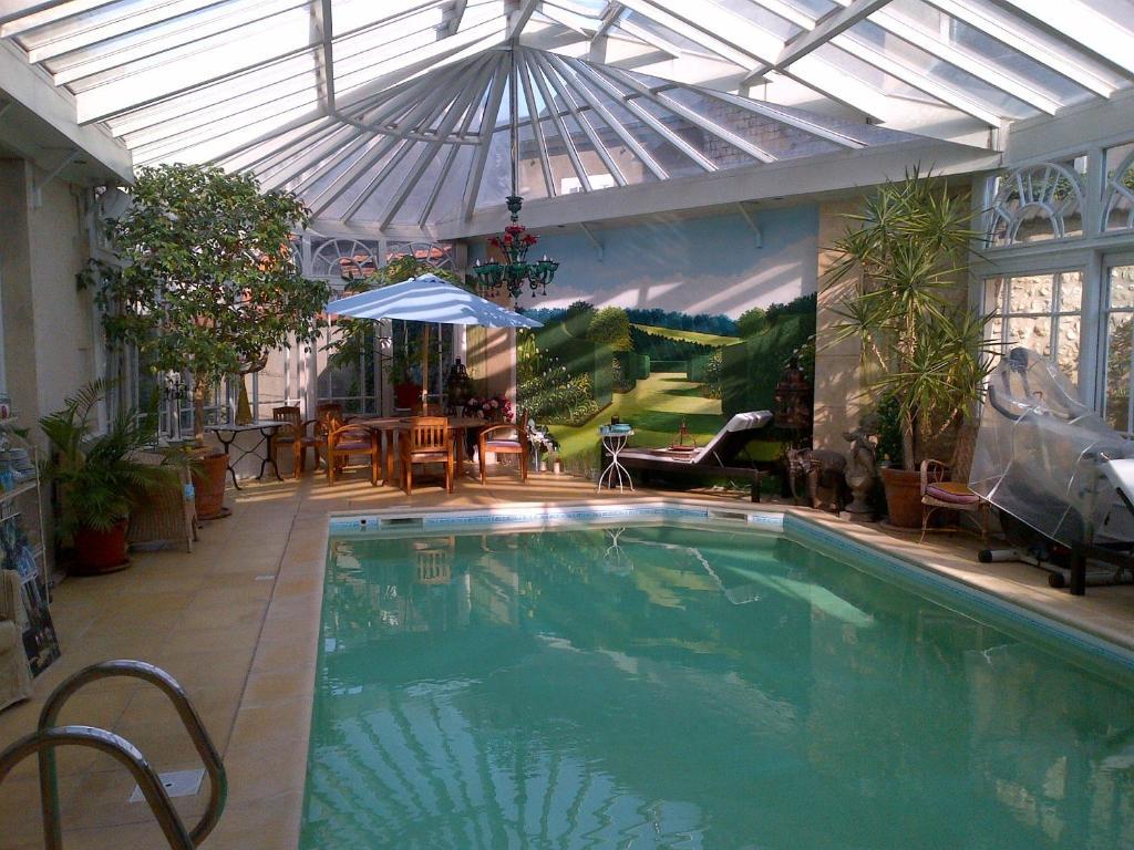 Maison du th tre saint bonnet bourges online booking for Appart hotel a bourges