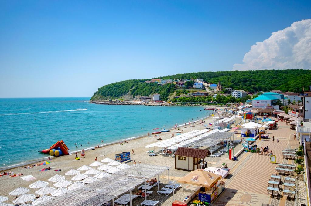 обсуждать новомихайловское фото пляжей и набережной одном