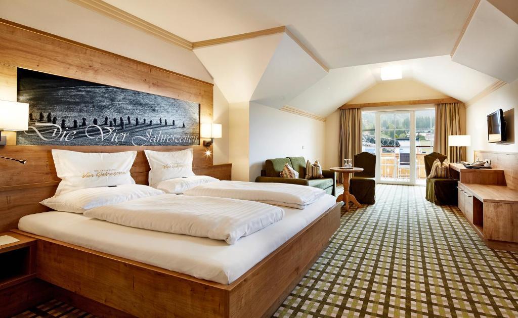 Hotel vier jahreszeiten eben am achensee prenotazione for Cabine dell hotel di yellowstone del lago