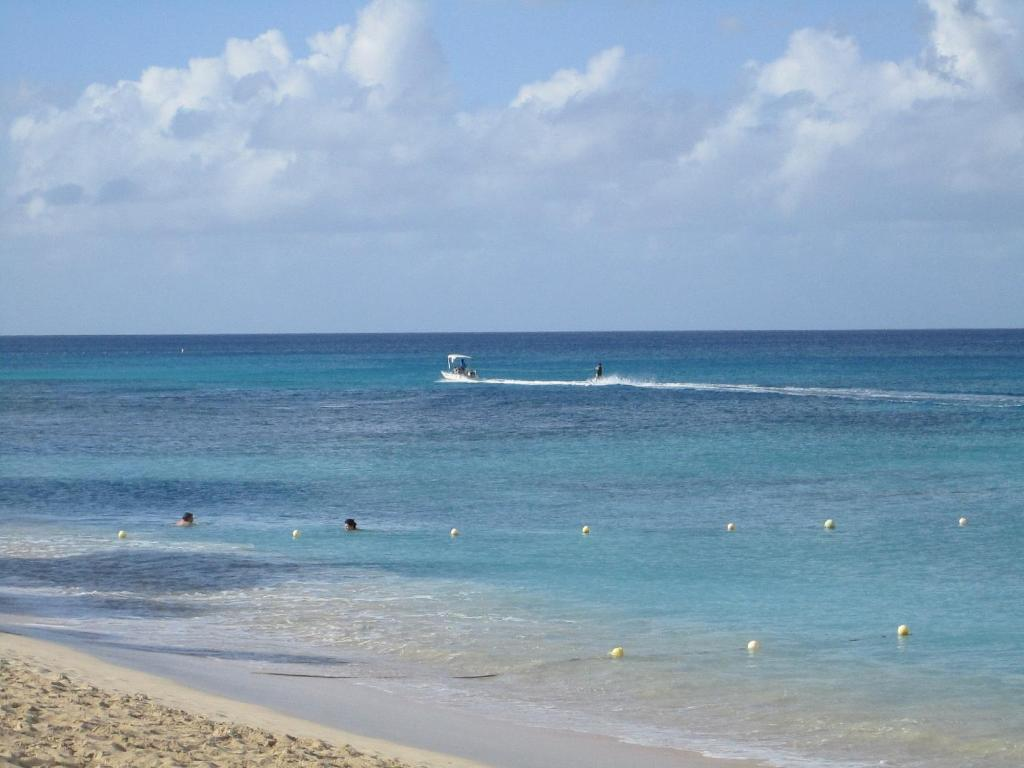 Tropical Sunset Hotel Saint James Barbados Booking Com