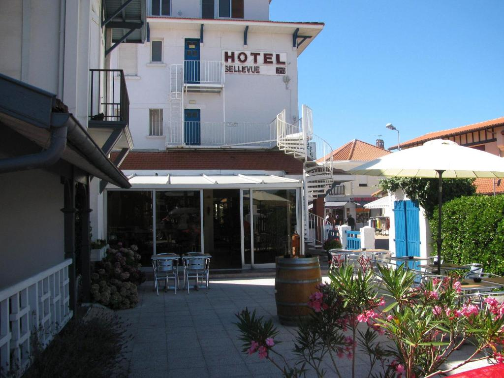 Booking Hotel Mimizan