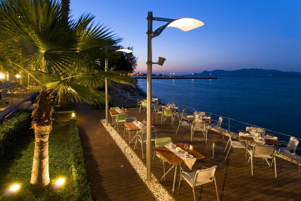 Kos aktis art hotel kos book your hotel with viamichelin for Ristorante kos milano