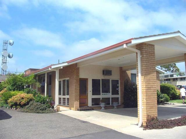 bega village motor inn bega book your hotel with