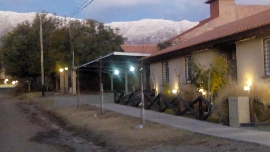 El edificio en el que está la hostería