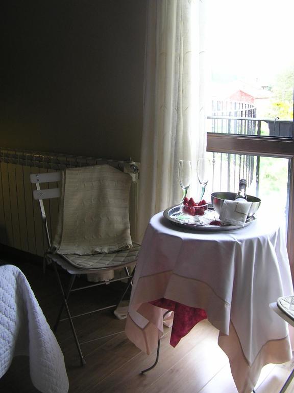 Hotel rural aqua luna spa le n reserva tu hotel con for Habitaciones familiares leon
