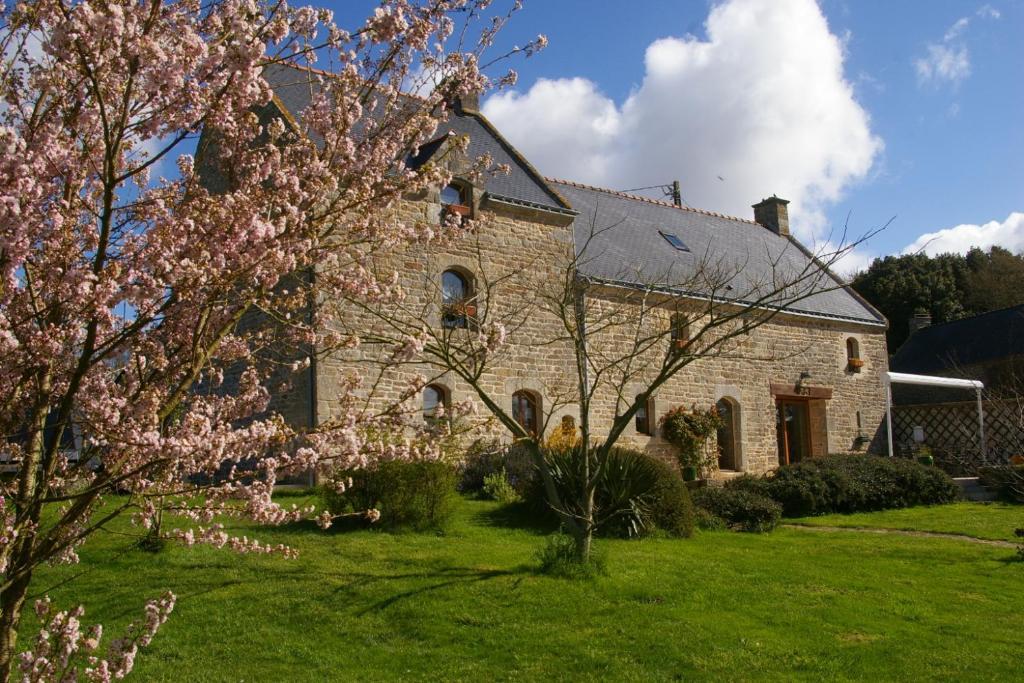 Chambre d 39 hotes le kergoff questembert online booking for Chambre d hote paray le monial
