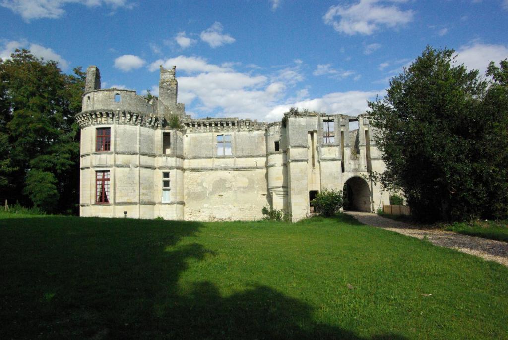 Chambre d 39 h tes ch teau de veuil chambres d 39 h tes veuil - Chateau de chambord chambre d hote ...