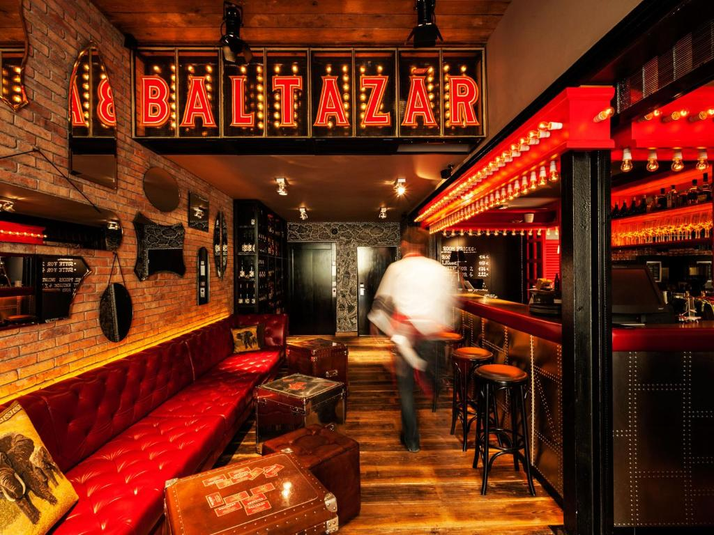 O lounge ou bar de Baltazár Budapest - Boutique Hotel