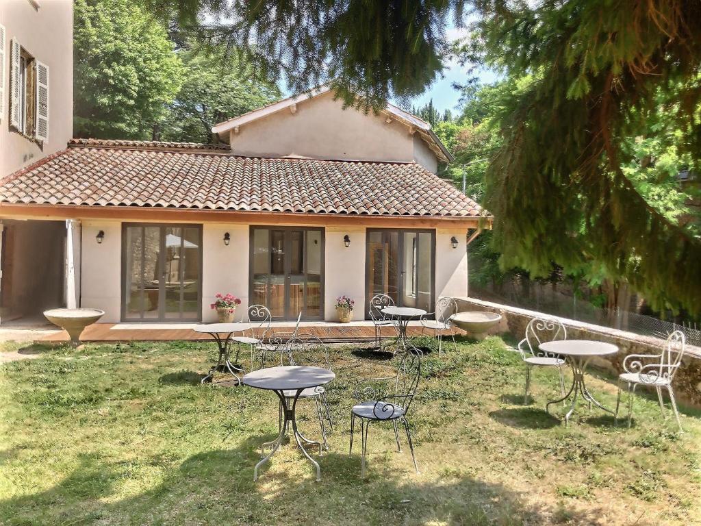 Casa de vacaciones LA TOUR DE GARDE (Francia Caluire-et ...