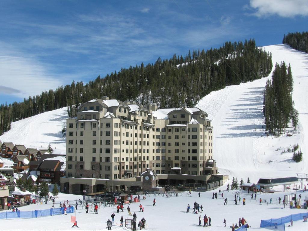 Big Sky Summit Hotel Reviews