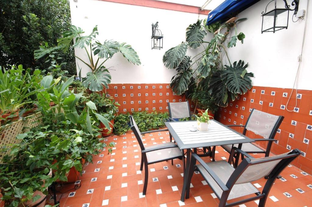 Hotel casa de los azulejos c rdoba online booking for Hotel casa de los azulejos booking