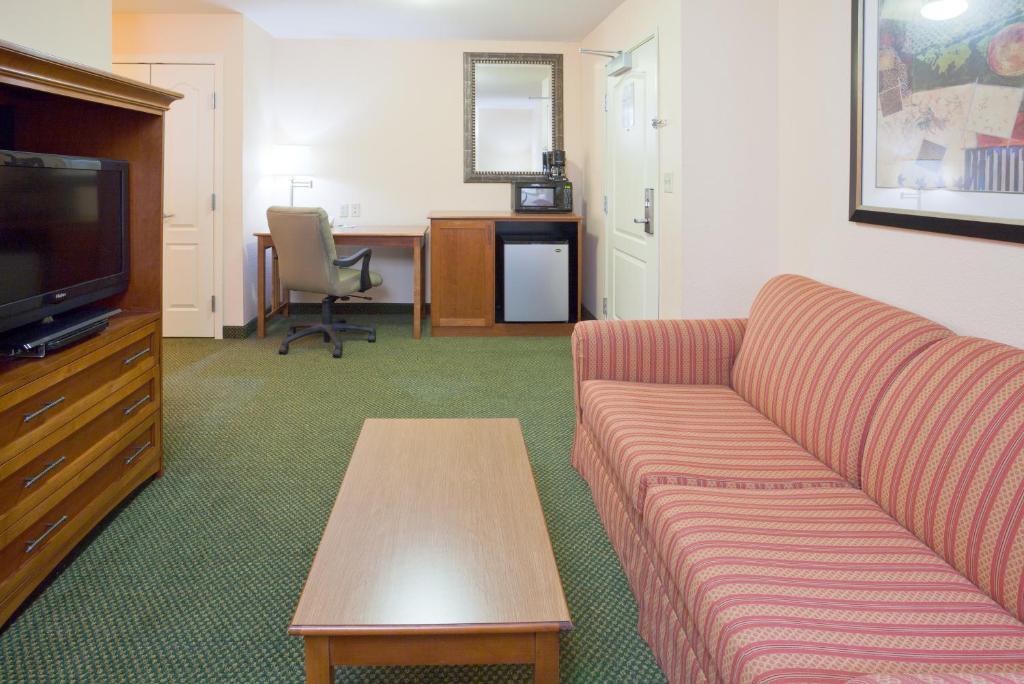 Y Elk River Mn Holiday Inn Min...