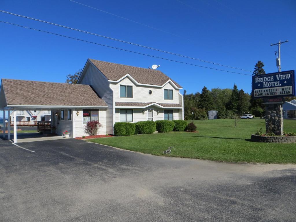 Bridgeview motel r servation gratuite sur viamichelin for Reservation motel