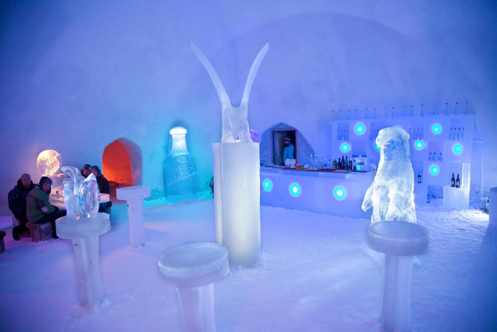 snowman world igloo hotel villages de vacances rovaniemi. Black Bedroom Furniture Sets. Home Design Ideas