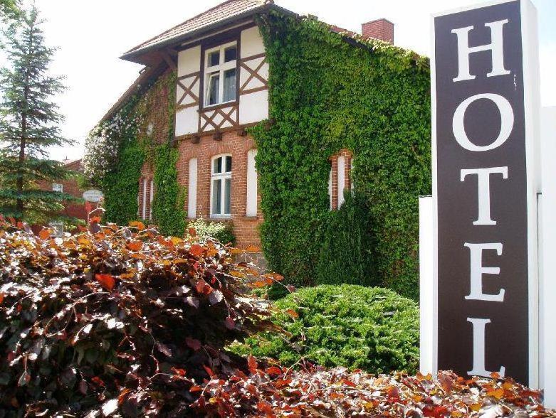 hotel sankt georg neubrandenburg informationen und buchungen online viamichelin. Black Bedroom Furniture Sets. Home Design Ideas