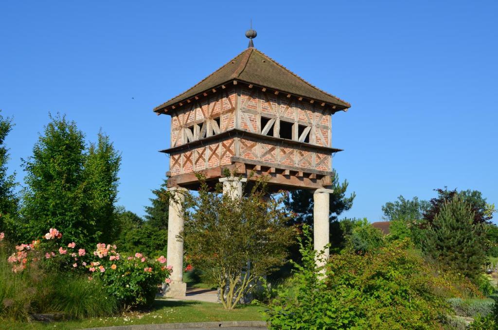 Georges Blanc Parc& Spa Réservation gratuite sur ViaMichelin # Hotel Du Bois Blanc Vonnas