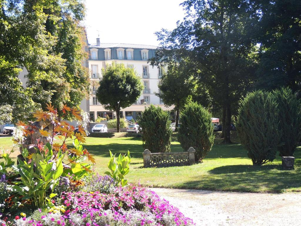 Appart 39 h tel les sources france luxeuil les bains for Appart hotel tarif
