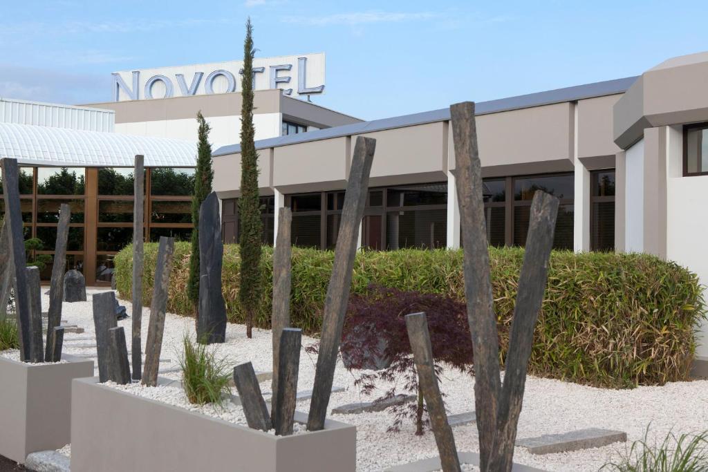 Hotel novotel marne la vall e coll gien - Hotel marne la vallee chambre familiale ...