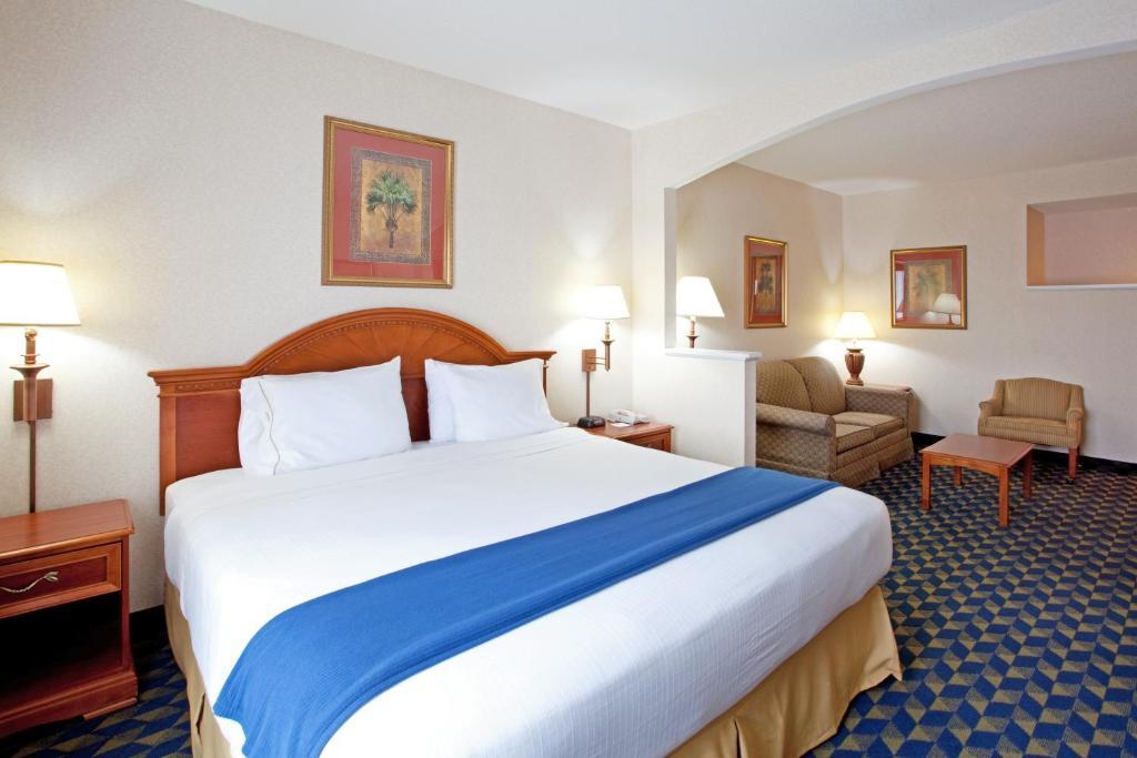 Hotel Rooms In Orangeburg Sc