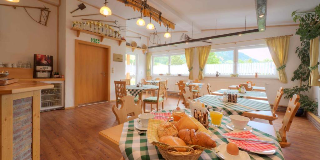 Hotel Pension Alpenstern Buchen