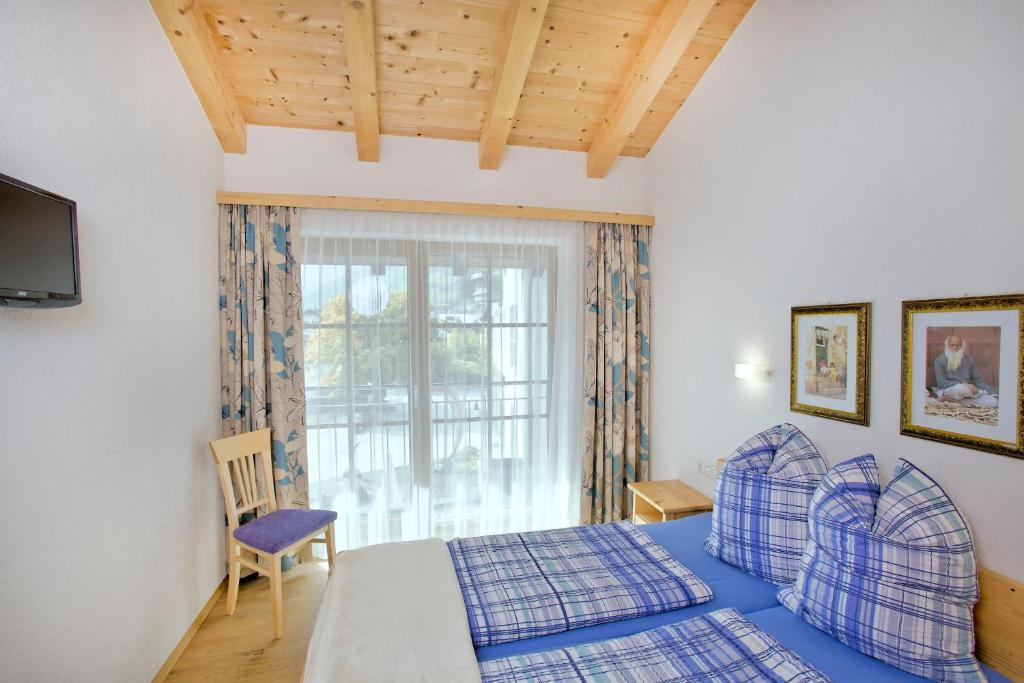 haus seifriedsberger neukirchen am gro venediger. Black Bedroom Furniture Sets. Home Design Ideas